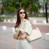 Valódi bőr női táska bézs színben