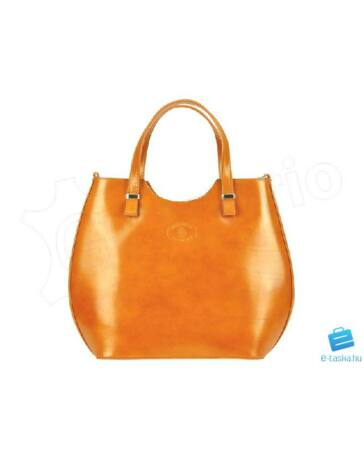 Olasz női táskák a trend szolgálatában - 27. oldal 70ae3938b0