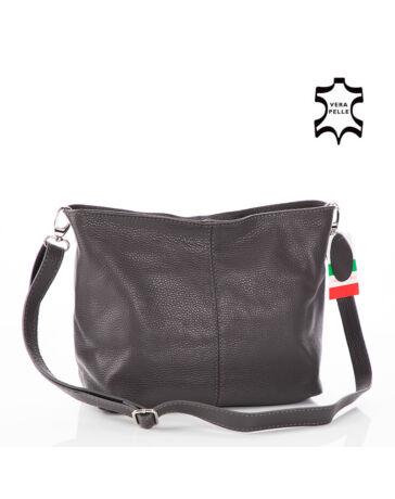 58073c461487 Női táskák többféle színben és stílusban - etaska - 9. oldal