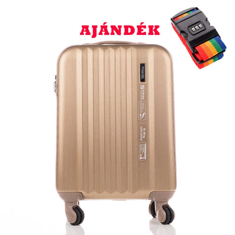 8057a069765f Yearz Ribbon kabin bőrönd RYANAIR ÚJ WIZZAIR méret TSA Zárral ...